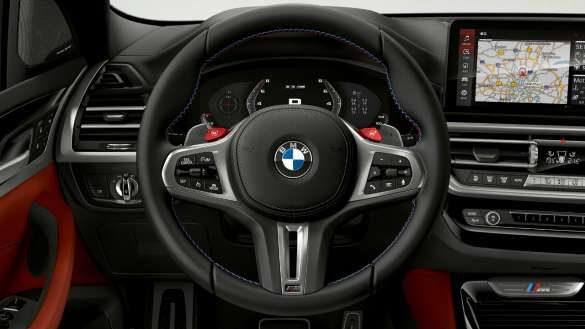 BMW X3 M F97 LCI Facelift 2021 M Lederlenkrad Cockpit