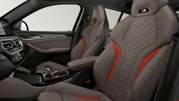 BMW X4 M F97 LCI Facelift 2021 M Sportsitze Innenraum